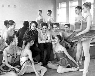 http://www.balletschool.perm.ru/files/image/history/saharova_n.jpg